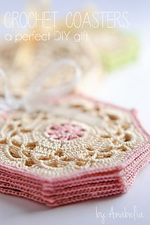 Free crochet hexagon chart.  This pattern would also look nice joined as a throw: (Only need to skip the 3 chains at the corners on the last row).  by Anabelia Handmade.  http://anabeliahandmade.blogspot.com.es/2013/10/crochet-coasters-sets-perfect-diy-gift.html#