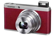 Fujifilm has launched the XF1, a pocket sized digital camera that the company is marketing largely on its extreme retro looks, targeting the professional photographer who would not mind owing a fashionable second camera.