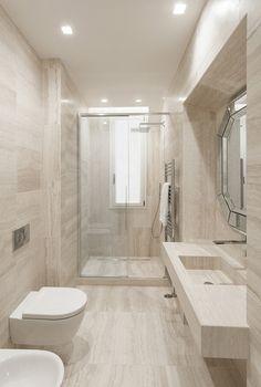 K House by Pierattelli Architetture Washroom Design, Bathroom Design Luxury, Bathroom Layout, Modern Bathroom Design, Small Bathroom Interior, Modern Bathroom Decor, Bathroom Styling, Bathroom Inspiration, Sink