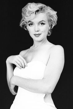 Marilyn Monroe, photographed by Milton Greene, 1954.