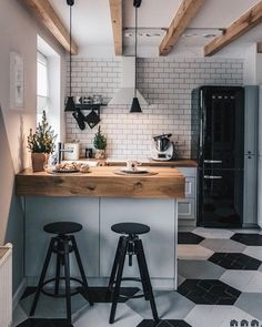 90 beautiful little kitchen design ideas - each of us has different needs ., 90 beautiful little kitchen design ideas - each of us has different needs and material options, but different tastes and homes. Some of us live in sma. Retro Home Decor, Home Decor Kitchen, Diy Kitchen, Home Kitchens, Kitchen Cabinets, Cupboards, Awesome Kitchen, Boho Kitchen, Hipster Kitchen