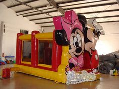 16ft-disney-mickey-and-minnie-bounce-house-02