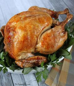 The Turkey was wonderful. Step-by-Step Guide to The Best Roast Turkey - Detailed photos & tips for beginner and experienced cooks for making an easy, perfectly cooked and moist turkey Thanksgiving Recipes, Holiday Recipes, Dinner Recipes, Thanksgiving Turkey, Best Roasted Turkey, Moist Turkey, Enjoy Your Meal, Good Roasts, Christmas Dishes