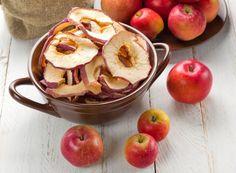 Arome perfecte pentru zile de toamna. Cum sa faci mere deshidratate in cuptor - www.foodstory.ro