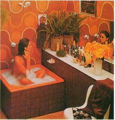 retro home decor When Sex amp; Kitsch Collide: A Brief Compendium of Weird Retro Tubs 1970s Decor, 70s Home Decor, Vintage Decor, Vintage Interior Design, Vintage Interiors, Casa Retro, Decoration Ikea, Decor Diy, Decor Room
