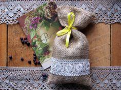 Burlap Linen Favor Bag, Burlap Wedding Sachet, Small Gift Bag, Condiment Holder, Handmade with White Lace and Band, Jute Bag, Rustic Decor