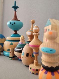 Wooden dolls www.diegolizan.com