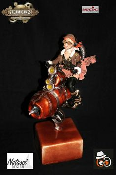 Made for steam cakes collaboration 2018 Here is the piece I realized with Gregoire Goel (best in show cake international Nov Biker is only create with hands without any mold. Cake International, Steampunk, Gravity Defying Cake, Steamed Cake, Pig Roast, Pig Birthday, Cute Pigs, Diy Cake, Cake Tutorial