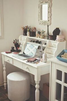 Stylish dressing tables and makeup inspiration