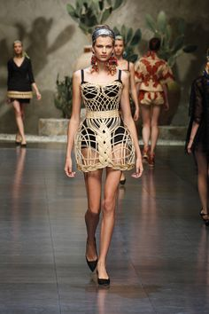 Dolce & Gabbana – Video Sfilata Donna - Primavera Estate 2013