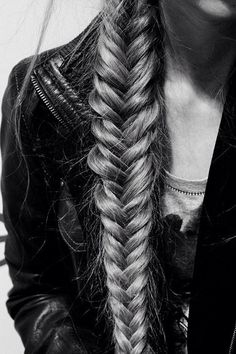 Rock 'n' Roll Style ☆ Fishtail - More inspiration over at www.breakfastwithaudrey.com.au