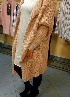 Kup mój przedmiot na #vintedpl http://www.vinted.pl/damska-odziez/kardigany/15892778-cieplutki-i-bardzo-wygodny-kardigan-w-dwoch-kolorach-roz-i-szarosc
