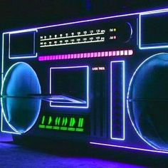 I don't go a day without listening to music ~!~ tuned in to the Night Tides hosted by those golden pipe of Renée Blanche via TuneIn Radio at KCUR FM, Kansas City Overwatch, Tumblr Neon, Overlays, Musica Disco, 80s Neon, Radio Wave, Neon Aesthetic, Creation Deco, Retro Waves