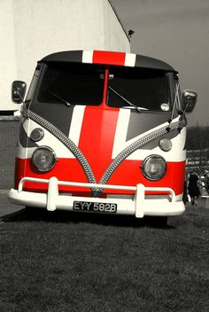 55 Awesome Camper Van Design Ideas for VW Bus Volkswagen Transporter, Volkswagen Bus, Vw Camper, Vw T1, Campers, Ferdinand Porsche, Combi Ww, Combi Split, Vw T3 Doka