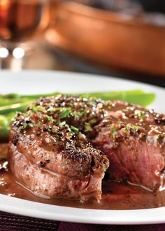 Peppercorn-Seasoned Steak with Mustard-Wine Sauce.Beef stock, dry red wine, shallots and mustard combine to make a sophisticated sauce that enhances the flavor of peppercorn-seasoned tenderloin steaks. Steak Recipes, Sauce Recipes, Cooking Recipes, Healthy Recipes, Lamb Recipes, Skillet Recipes, Healthy Options, Delicious Dinner Recipes, Yummy Food