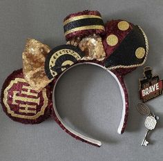 Handmade Ears inspired by The Tower of Terror (Hollywood Tower Hotel) ride Disney Minnie Mouse Ears, Diy Disney Ears, Disney Day, Disney Magic, Hollywood Tower Hotel, Cute Disney Pictures, Disney Headbands, Disney Crafts, Hollywood Fashion