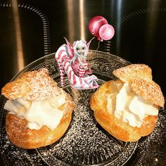 #choux #chouxalacreme #pateachoux #cremechantilly #dessert #patisserie #homemade #homemadefood #homemadecooking #instafood #douceursucrees Farine T45, Camembert Cheese, Dairy, Dessert, Food, Stove Top Grill, Raspberry, Creamed Cabbage, Chantilly Cream