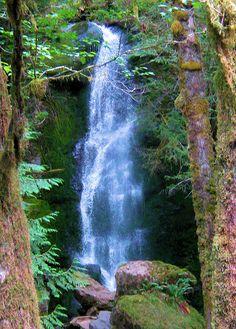 Upper Merriman Falls by lattedeb, via Flickr