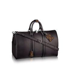 Products by Louis Vuitton: Keepall Bandoulière 50 Men's Fashion, Fashion Bags, Mens Overnight Bag, Men Accesories, Leather Duffle Bag, Louis Vuitton, Sack Bag, Lv Handbags, Luxury Bags