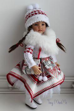 Winter London Outfit #littledarlings #Tiny_MiniMe #EffnerLittleDarlings #Effner #Dollstagram #OOAK #vinyldoll #effnerdoll #dollphotos #dollphotography #littledarling #kayla #dollcollection #dollstyle #outfitfordoll #Lati