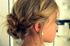 medium hair styles for women updo