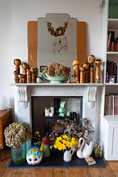 Home Tour: Tiny & The House - The Frugality Victorian Terrace Interior, Victorian House Interiors, Victorian Homes, Artwork Display, Cool Artwork, Norfolk House, The Frugality, When I Grow Up, Home Decor Inspiration