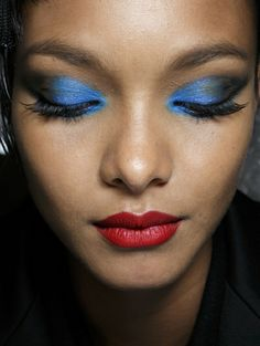 Blauw!-Jean-Paul-Gaultier-Haute-Couture-s-s-2014_reference.jpg (400×532)