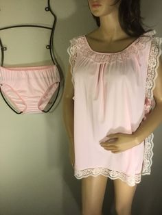 Vintage Nylon Panties and Babydoll Set by Chic lingerie Co Nylon Gusset  Large. NightiesNightgownsVintage LadiesBaby DollsRobesVintage ... eb15fb524