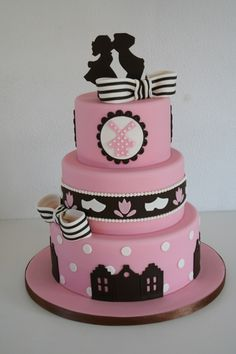 couple's cake  by Bien from cake central