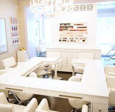 Blowout and nail bar - Fix Beauty Bar - http://fixbeautybar.com/ - 847 Lexington Avenue, 2nd floor New York, NY 10065 (Between 64th & 65th Street)