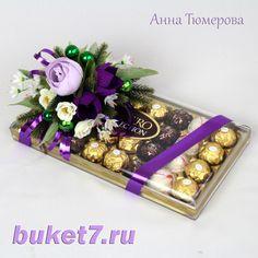 Оформление подарка букетом из конфет