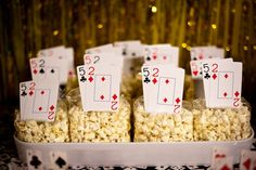 party style: lucky number seven :: casino party Poker Night Casino Royale, Fète Casino, Casino Party Games, Casino Table, Casino Party Decorations, Casino Cakes, Casino Theme Parties, Casino Dessert Table, Casino Bonus