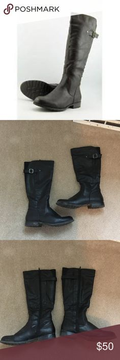 """bass adina riding boots GH Bass &Co. Adina riding boots in black. Zip up shaft with elastic, if you're around 5'4"""" like me they're almost knee height. Buckle at top. Lined inside. In great condition! The outer areas will be thoroughly cleaned before shipping. Size 9. / boots, riding, bass, gh bass, black, flats, shoes / GH Bass & Co. Shoes"""