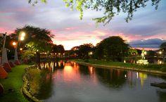 Parque Forestal. Guayaquil, Ecuador.
