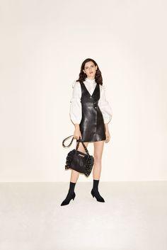 Maje Fall 2017 Ready-to-Wear Fashion Show