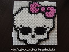 Monster High aus Bügelperlen, perler beads by Baumberger Entdecker -  www.facebook.com/BaumbergerEntdecker