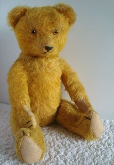Old Vintage Antique Steiff Jointed Dutch Rabbit Hase Teddy Bear C 1910 | eBay this rabbit has been well loved. Description from pinterest.com. I searched for this on bing.com/images