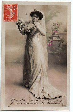 Carte-postale-ancienne-Nouvelle-epouse-je-vous-souhaite-du-bonheur-Mariee
