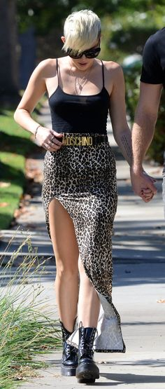 Love the Moschino belt! And Miley!