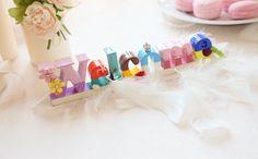 アイデアたくさん*可愛い【ディズニーウェディング】の装飾・演出大集合♡ Paper Quilling, Diy And Crafts, Balloons, Pastel, Disney, Creative, Wedding, Manualidades, Valentines Day Weddings