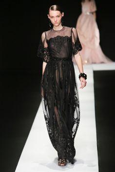 Tae Ashida #VogueRussia #readytowear #rtw #springsummer2018 #TaeAshida #VogueCollections