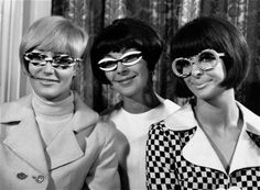 Spectacle fashions, 1966.