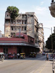 Streetlife in #Havana #Cuba