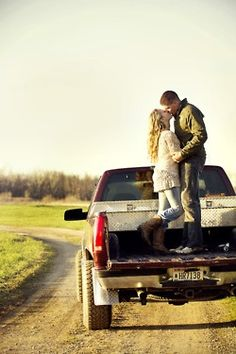 Deff need this picture in the back of my babes truck, hopefully he still has one!