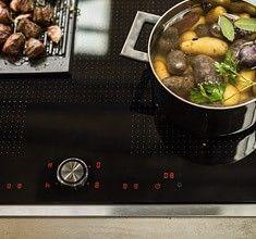 Schneller geht's nicht! Die spezielle Powerstufe erhitzt Töpfe oder Pfannen mit der jeweils angepassten Leistung, damit die maximale Hitze blitzschnell zur Verfügung steht und schaltet dann rechtzeitig wieder ab.