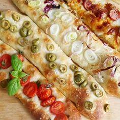 Stecche di pane condito – In cucina con Giada e Sara