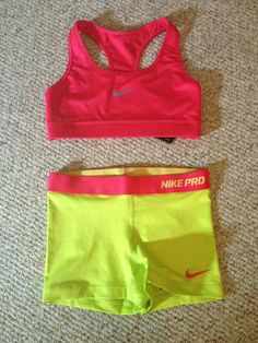 you work hard... why not look good while doing it!? Nike pro outfit super cute and matches perfectly!!