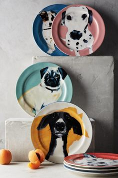Beautiful, microwave-safe, stoneware plates for dog lovers.