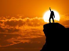 El crecimiento personal  tiene mucho que ver con el crecimiento de tu negocio, sea Online o presencial, en este artículo video, Joel Molina y Marcos Sanz te muestran como tú puedes tener un mejor desempeño, la verdad que todo lo que tiene que ver con superación personal te va ser una mejor persona tanto personal como profesional.