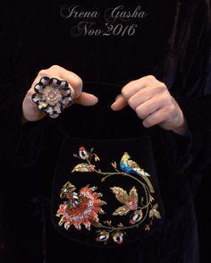 Анонс новой коллекции уже на сайте. Там же ссылки видео презентации на ютубе. Заходите! В продаже будем завтра! Активная ссылка моего сайта в профиле. #newcollection #tomorrow #handembroidery #jewellery #purse #coutureembroidery #oneofakind #unique #irenagashaembroideries Embroidery Flowers Pattern, Embroidery Bags, Beaded Embroidery, Flower Patterns, Handmade Bags, Handmade Jewelry, Motif Paisley, Beaded Brooch, Fashion Bags